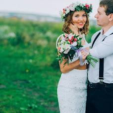 Wedding photographer Elena Gankevich (GanLena300877). Photo of 24.07.2015