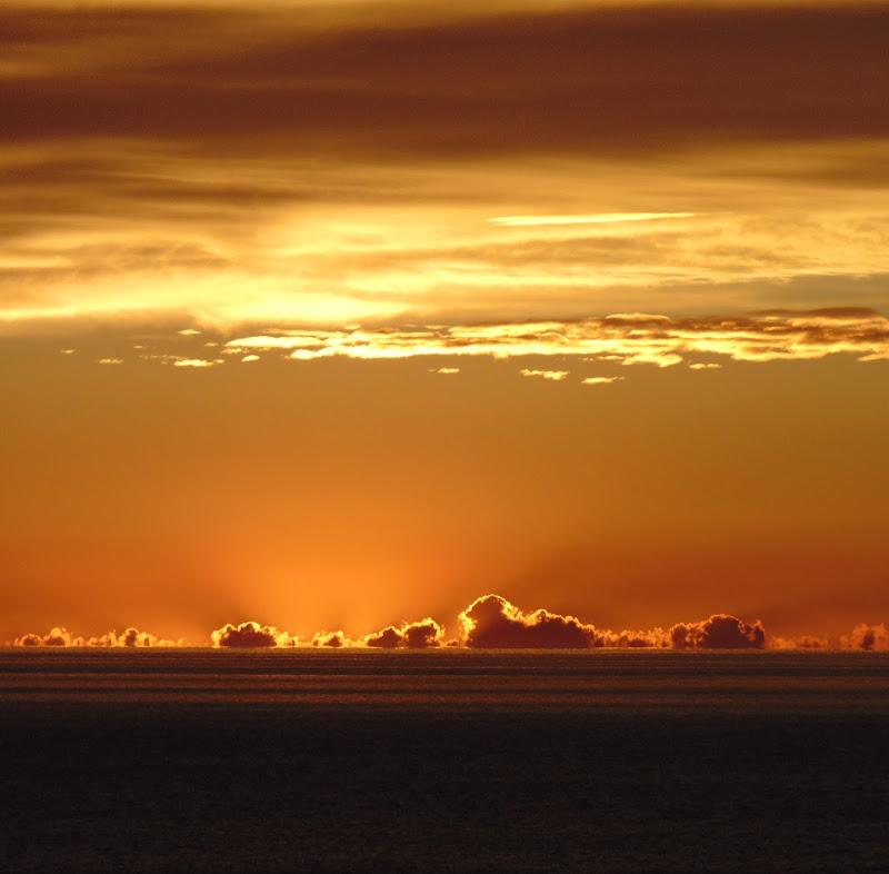 Nuvole arancioni  di giulia_juls