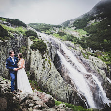 Wedding photographer Piotr Jar (mosive). Photo of 10.11.2018