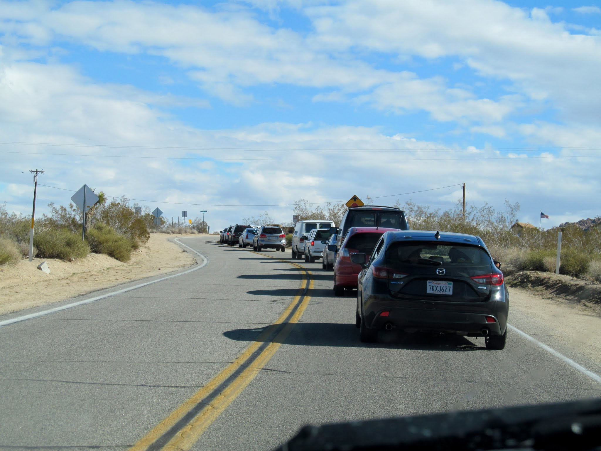 Photo: Cars backed up at the entrance to Joshua Tree