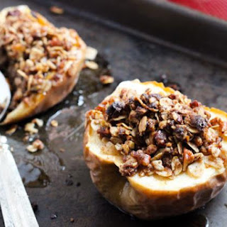 Easy Gluten-Free Baked Streusel Stuffed Apples