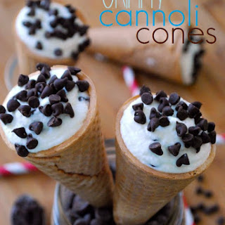 Chocolate Custard Cannoli Recipes