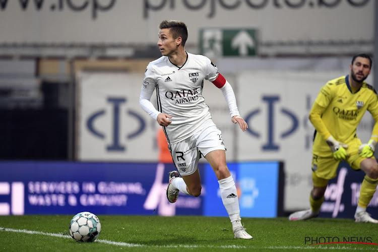 """Nils Schouterden beleefde nog niet veel plezier aan transfer: """"Vervelend, nooit eerder maakte ik dit mee"""""""
