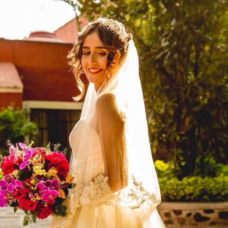 Fotógrafo de bodas Alin Solano (alinsolano). Foto del 11.12.2017