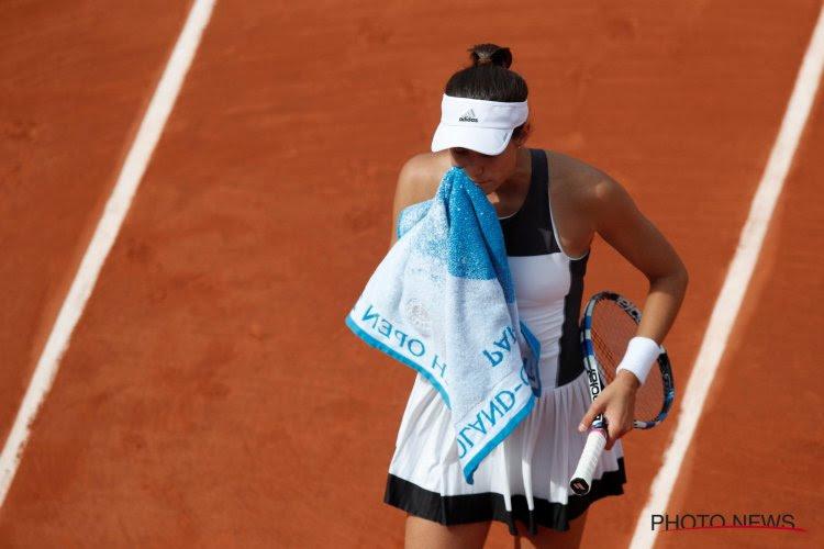 VIDEO: Titelverdedigster Roland Garros barst in tranen uit, (Franse) coach snoeihard voor Franse publiek