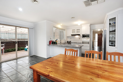 Photo of property at 27 Canonbury Circle, Seabrook 3028