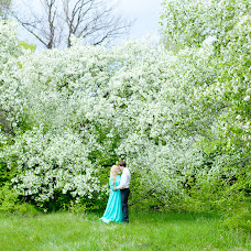 Wedding photographer Yuliya Galyamina (TheGlue). Photo of 03.07.2015