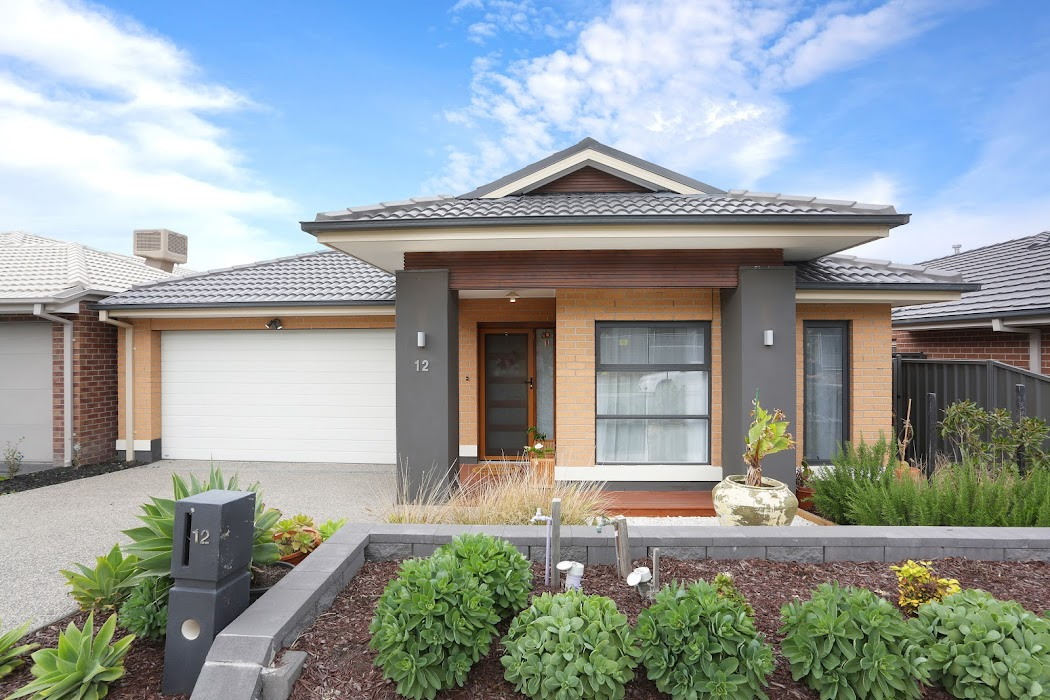 Main photo of property at 12 Amira Road, Greenvale 3059