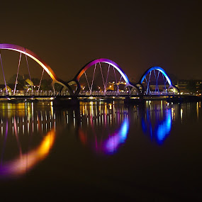 by Joachim Persson - Buildings & Architecture Bridges & Suspended Structures ( water, illuminated )