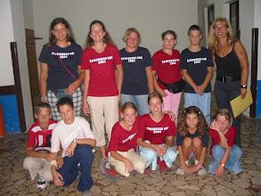 Photo: 13.08.2004. Štinjanska noć - prodavači lutrije sa voditeljicom programa Katarinom Đurić