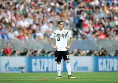Mesut Özil ferme définitivement la porte à la Mannschaft et...la Bundesliga