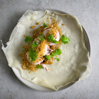 ICE CREAM-SPRING ROLL W GROUND PEANUT BRITTLE