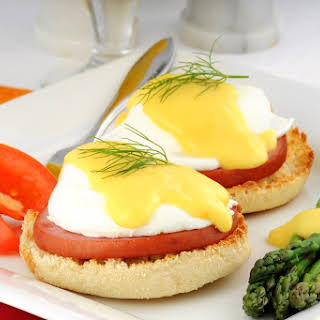 Dairy-Free Eggs Benedict with Healthy Hollandaise Sauce.