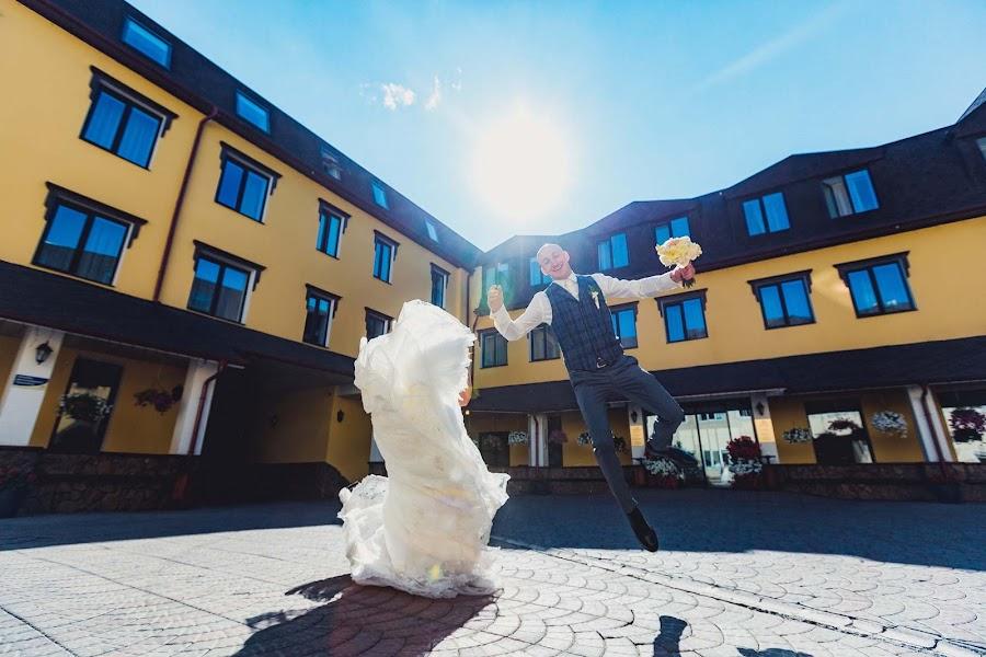 Свадебный фотограф Денис Осипов (SvetodenRu). Фотография от 10.11.2018