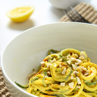 10-Minute Raw Vegan Curry over Zucchini Noodles.