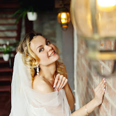 Wedding photographer Oksana Panyushkina (panyushkina). Photo of 19.04.2017