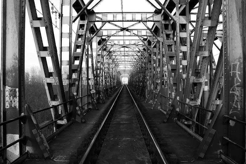 the iron bridge di dada79