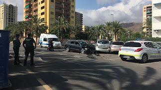 La colisión se ha producido en una vía muy frecuentada por vecinos y turistas.