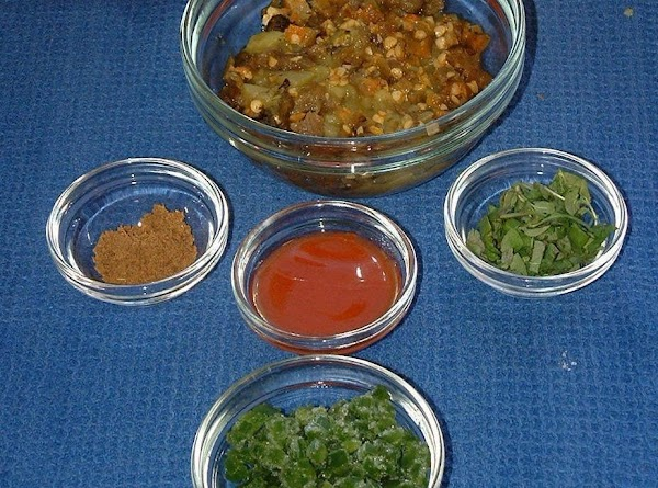 For Sloppy Josés, mix the green chiles, jalapeño, hot pepper sauce, oregano and cumin...