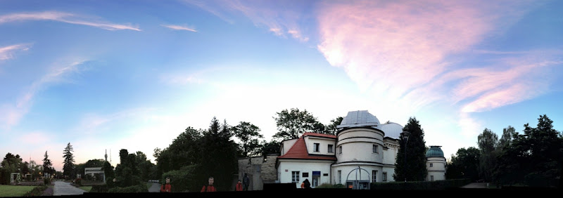 Photo: 4:45 am in front of the observatory (phone panorama)