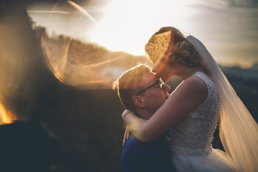 Wedding photographer Tim Demski (timdemski). Photo of 11.03.2017