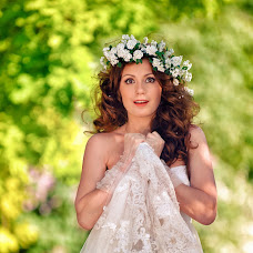Wedding photographer Vladimir Gordienko (renessans). Photo of 04.07.2013