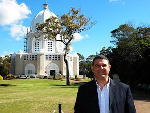 Photo: Bahá'í Temple, Sydney plus friend