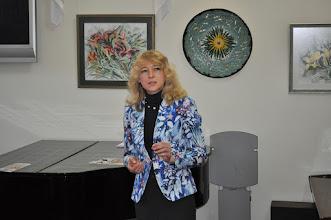 Photo: Наталья Порожнякована открытии выставки «Многоцветье» (керамика, акварель) в Одесском Доме - Музее имени Н.К.Рериха
