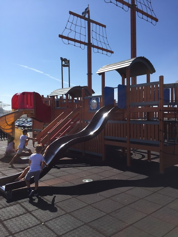 Foto Parque Infantil do Barco - Porto de Mar 4