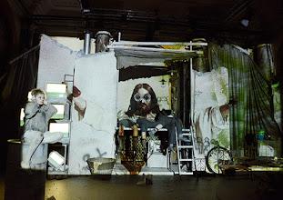 """Photo: WIEN/ Burgtheater/Vestibül: """"FAMILIENGESCHICHTEN.BELGRAD"""" von Biljana Srbljanović, Inszeniierung; Annette Raffalt. Premiere am Donnerstag, 23. April 2015. Lara FeithCopyright: Barbara Zeininger"""