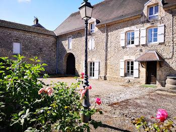 propriété à Autrey-lès-Gray (70)