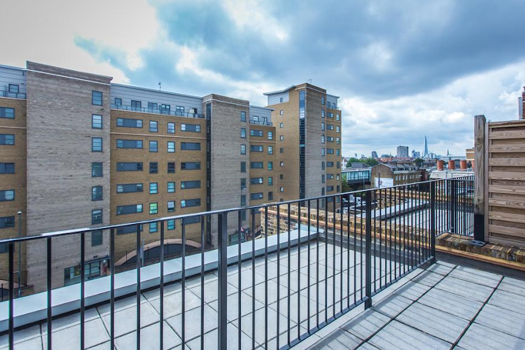 Balcony at Limehouse serviced apartment