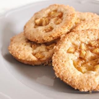 Pineapple and Cinnamon Tea Cookies [Vegan]