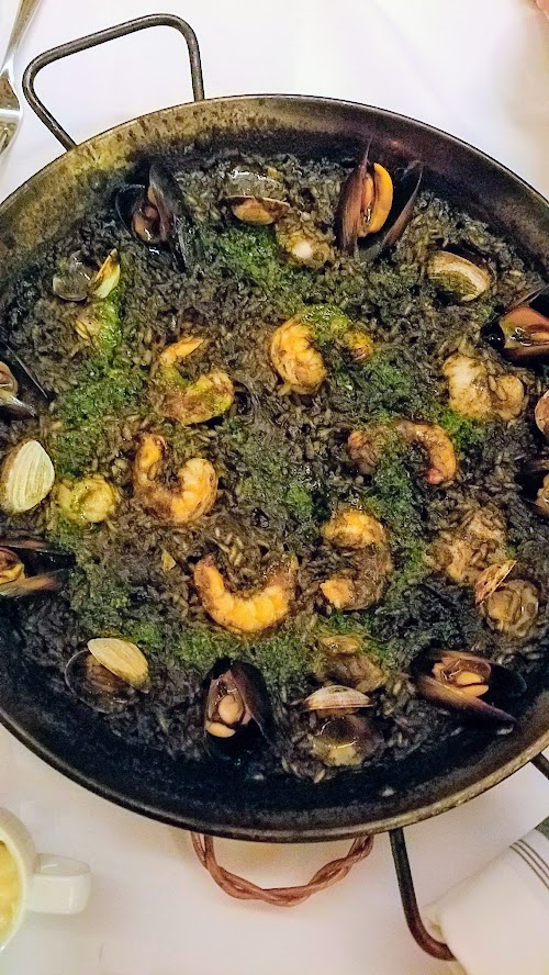 Can Font paella - Arròs Negre, with Squid Ink, Fish of the Day (Oregon Rockfish during my visit), Clams, Mussels, Shrimp, Picada, and Garlic Aioli