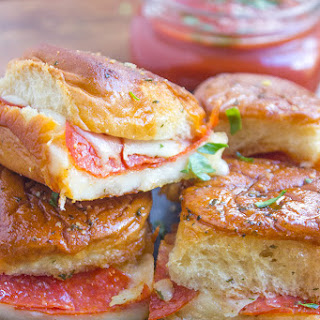 Pressed Pepperoni Pizza Party Rolls