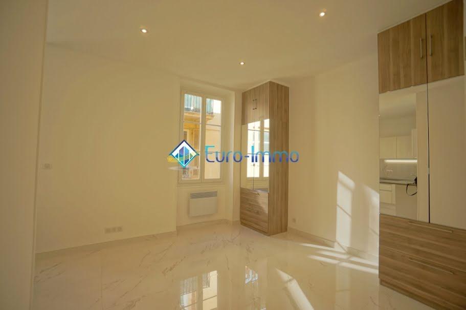 Location  studio 1 pièce 24 m² à Beausoleil (06240), 750 €