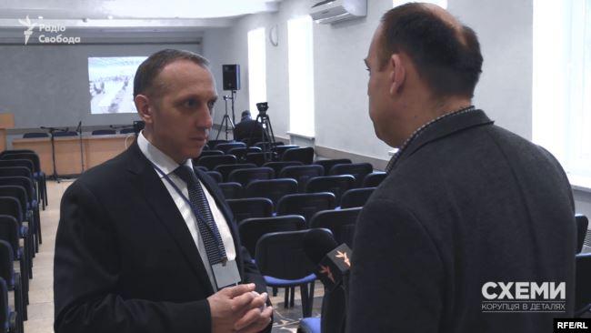 Заявник – Станіслав Щотка, ексчлен Вищої кваліфікаційної комісії суддів України – просив звільнити Холоднюка