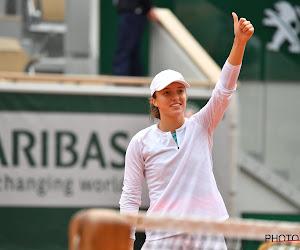 19-jarige Poolse blijft schitteren op Roland Garros en domineert richting finale