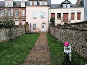 propriété à Gournay-en-Bray (76)
