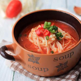 Easy Enoki Mushroom Soup