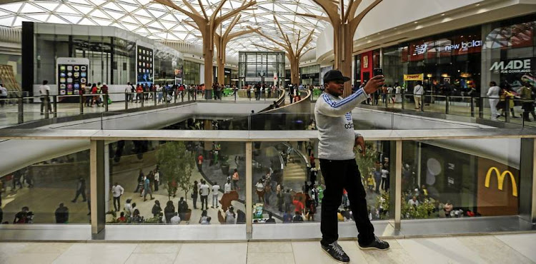 Shoppers throng the Mall of Africa in Midrand. Picture: MOELETSI MABE