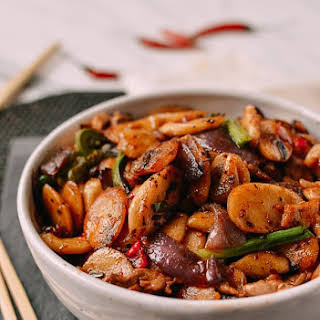 Spicy Stir-fried Rice Cakes.