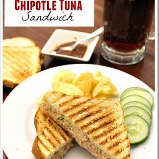 Chipotle Tuna Sandwich / Sandwich de Atún con Chipotle