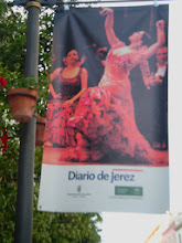Photo: ulice Jerez de la Frontera podczas Festiwalu Flamenco