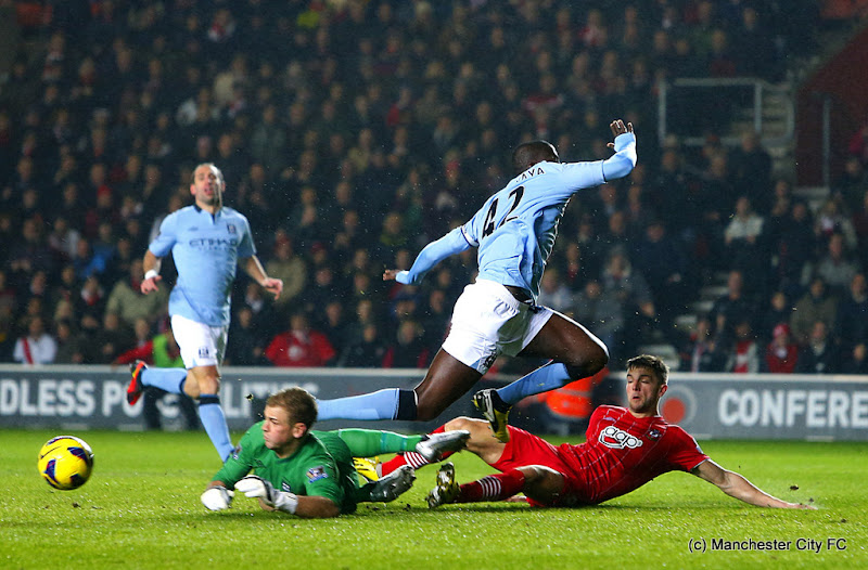 Photo: Manchester City's goalkeeper Joe Hart (left) saves a shot before Southampton's Jason Puncheon (not in picture) goes on to score his team's opening goal