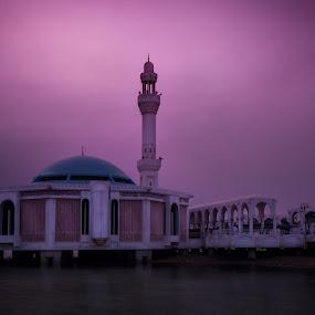 Floating Mosque by Jon Soriano - Buildings & Architecture Places of Worship ( muslim, salah, masjid, faith, mosque, jonr, jonrstudio, dslr, daytime, jeddah, le, islam, d90, nd, corniche, long exposure, nikon, filter, nd8 )