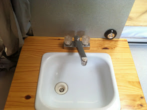 Photo: Sink hot cold