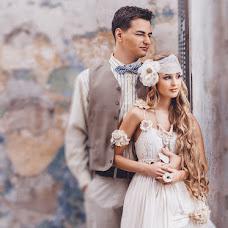 Wedding photographer Natalya Melnikova (fotomelnikova). Photo of 01.04.2014