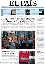 Photo: Mas prepara el adelanto electoral tras el veto de Rajoy al pacto fiscal, detenido por corrupción el alcalde de Ourense en plena campaña, Berlín también cierra embajadas ante la amenaza de los intengristas, Apple sitúa el Ebro en Río de Janeiro y Obama y Romney luchan en Florida por el voto hispano, entre los titulares de nuestra portada del 21 de septiembre de 2012. http://srv00.epimg.net/pdf/elpais/1aPagina/2012/09/ep-20120921.pdf