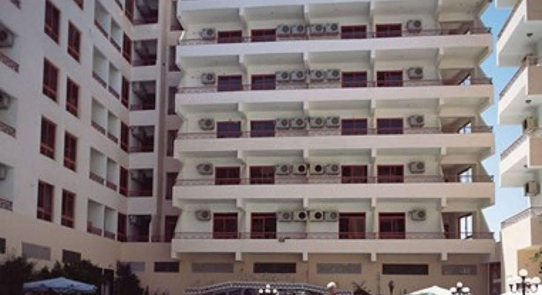 Triton Empire Inn